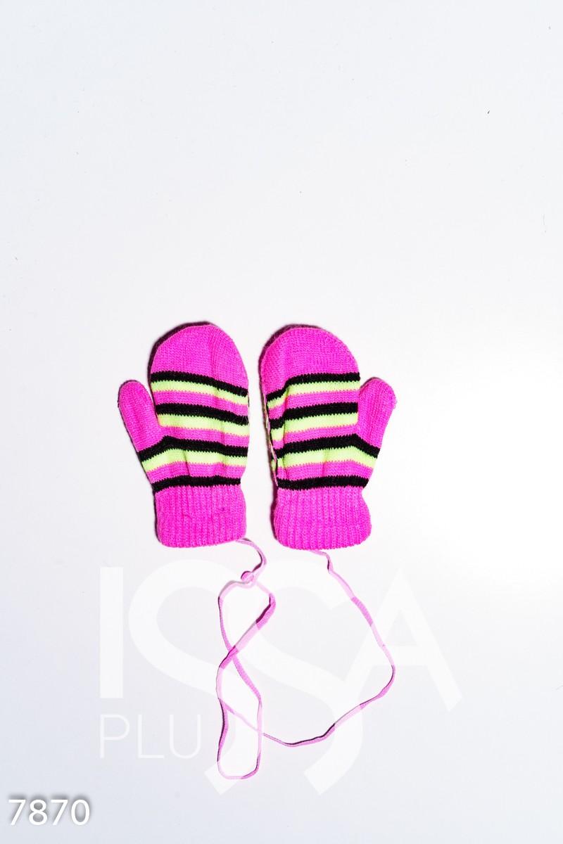 Розовые шерстяные теплые варежки с аппликацией