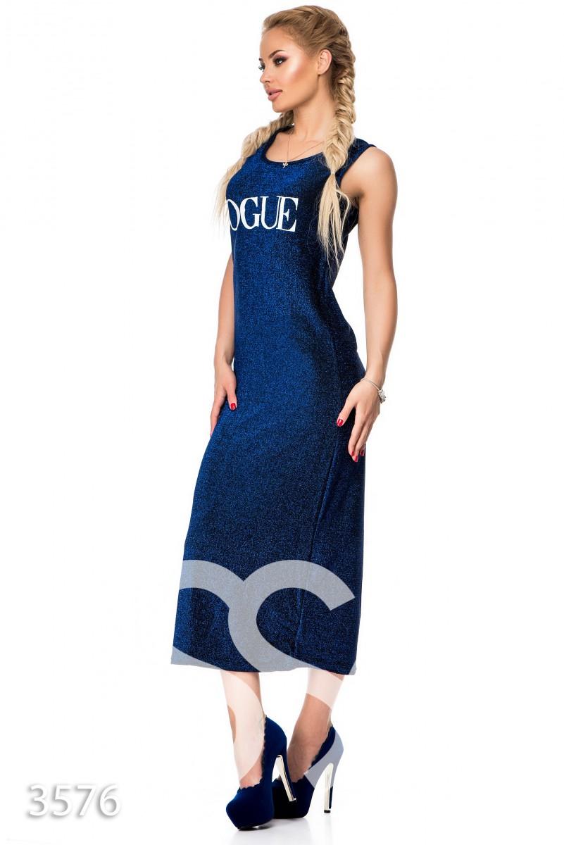 Длиннее синее платье из трикотажа с люрексом и надписью