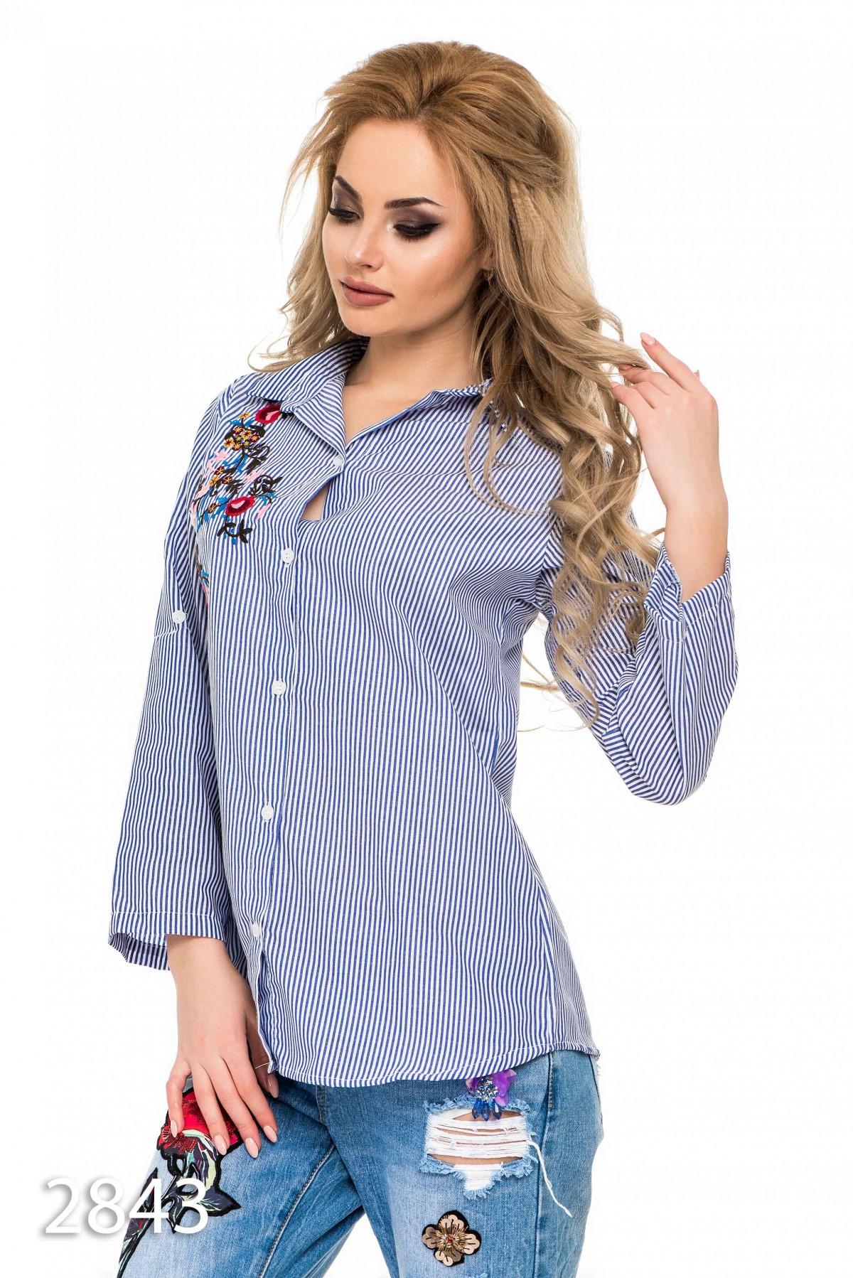ca2aa84c754 ... 2 Женская свободная рубашка в синюю и белую полоску с вышивкой  243  грн. фото 3 ...