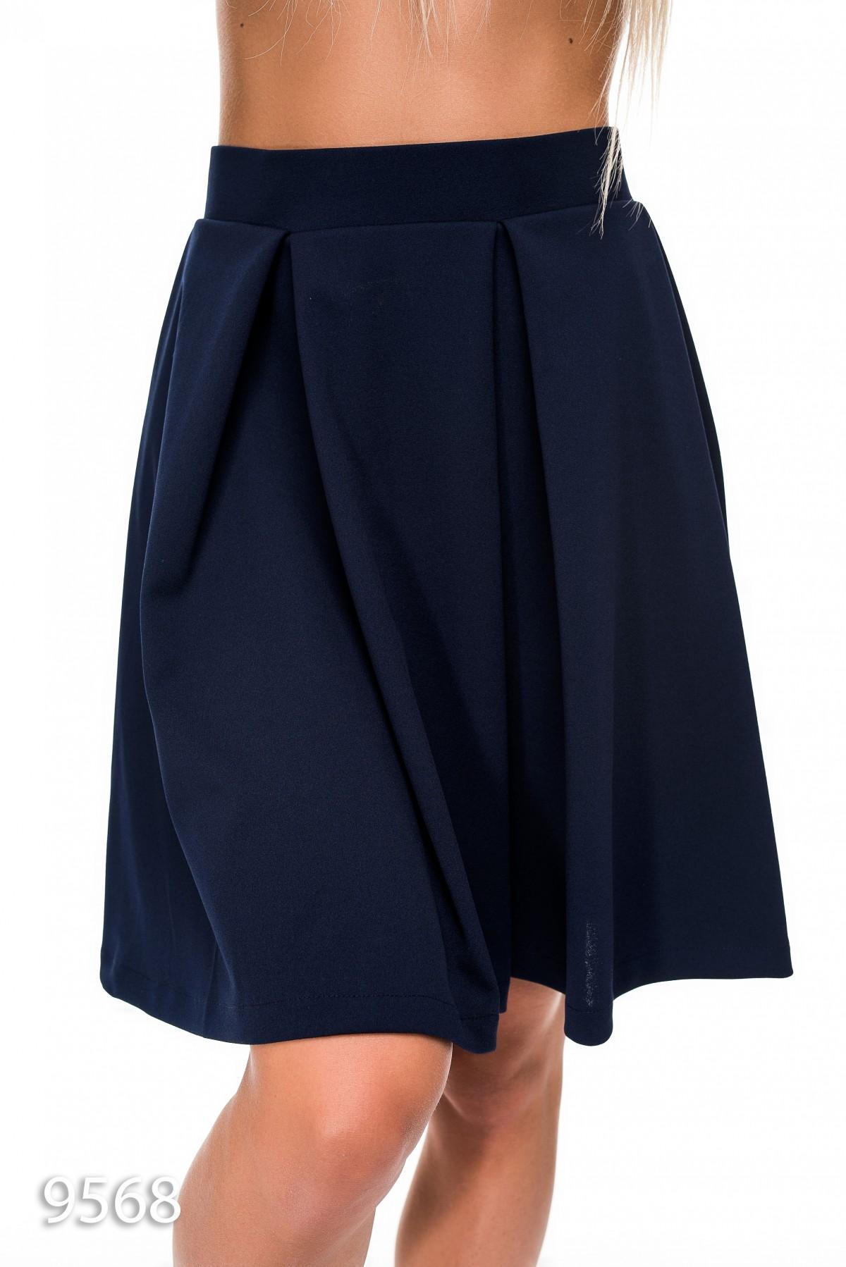 Короткая юбка и чулки доставка