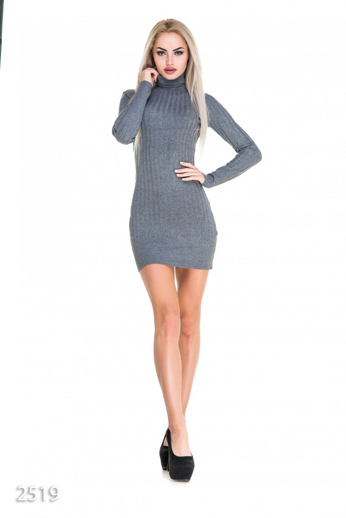 53c0e8e3abb679d Серое облегающее мини-платье с длинными рукавами в широкий трикотажный  рубчик: 303 грн.