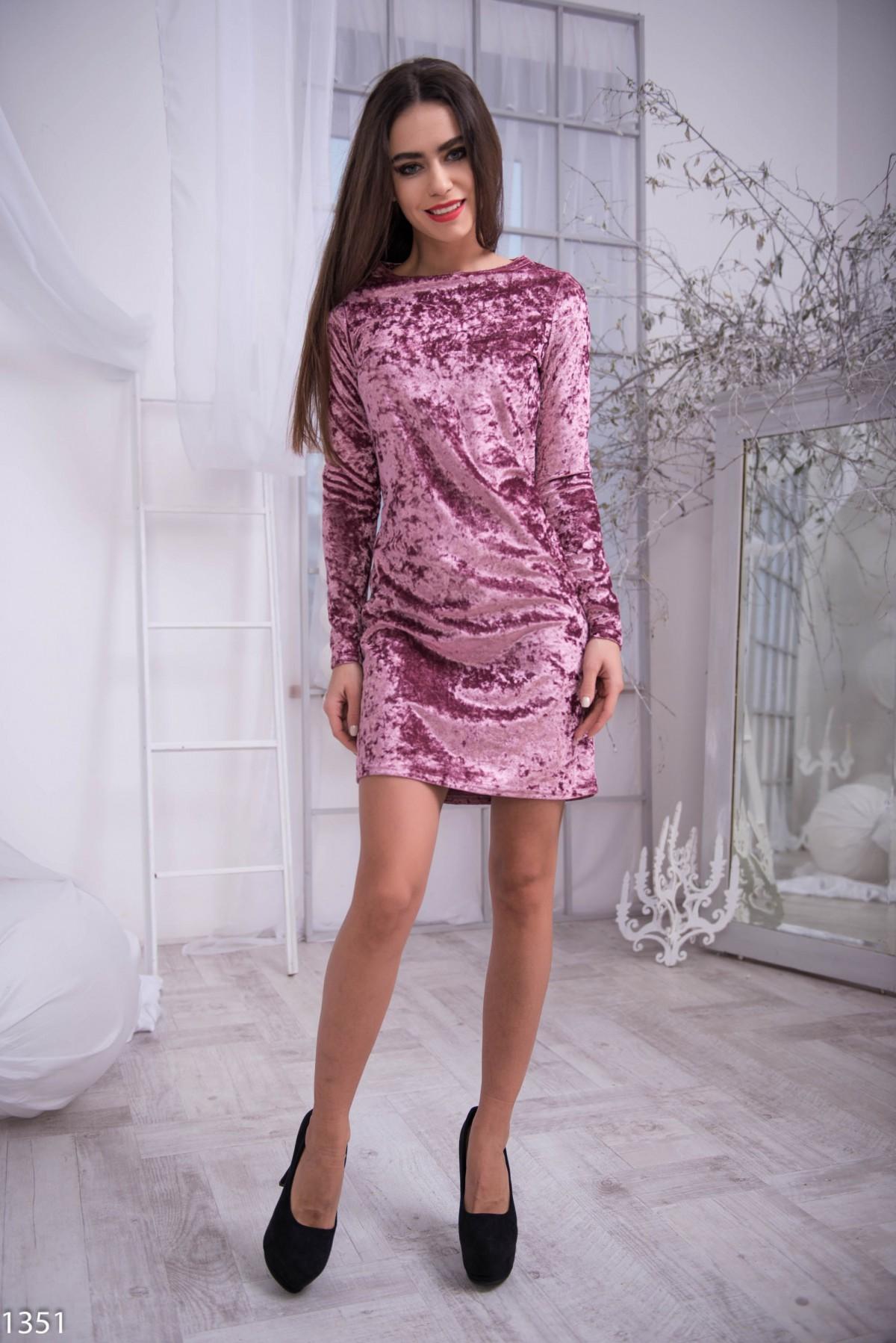 Платье с вилюром