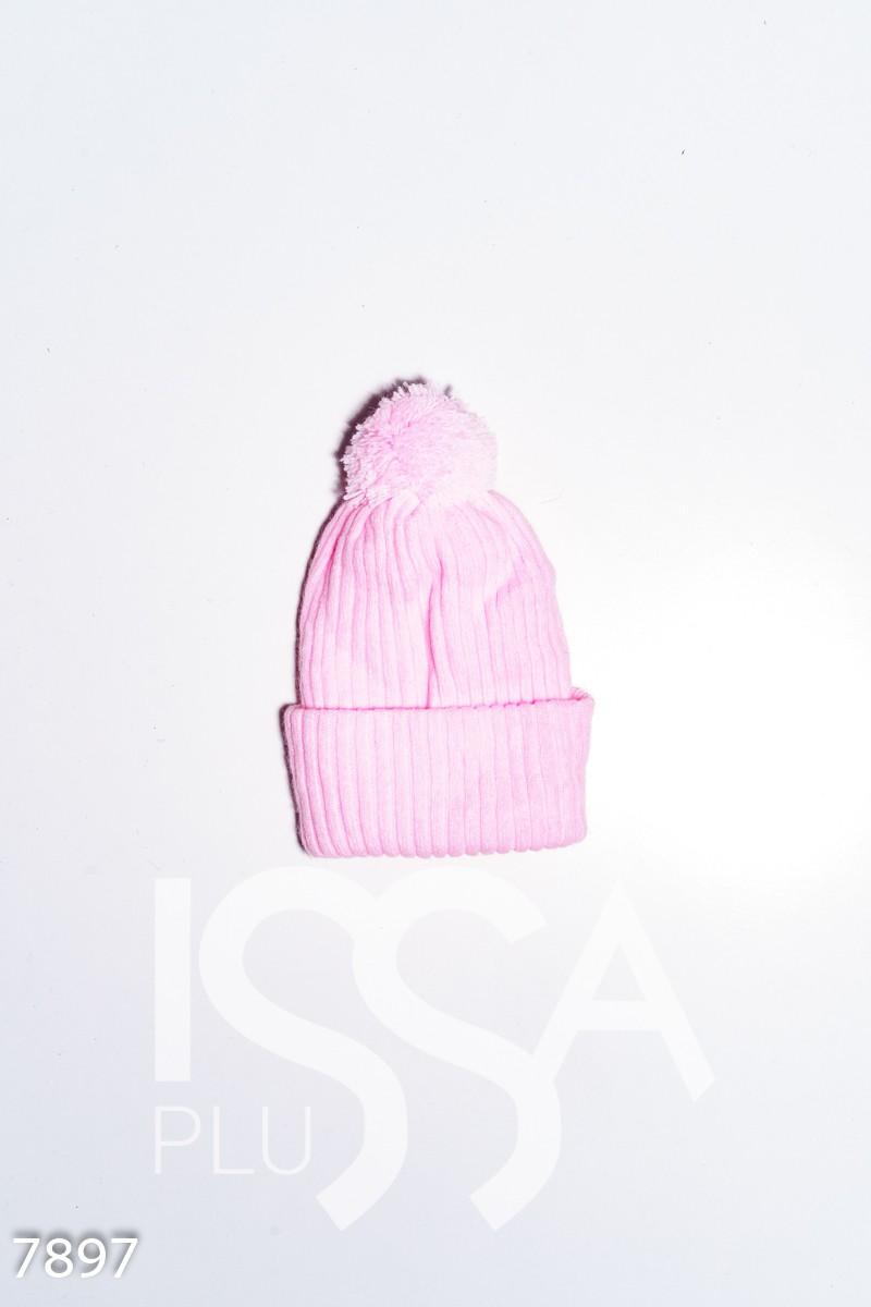 Розовая вязаная демисезонная шапка с аппликациями и помпоном
