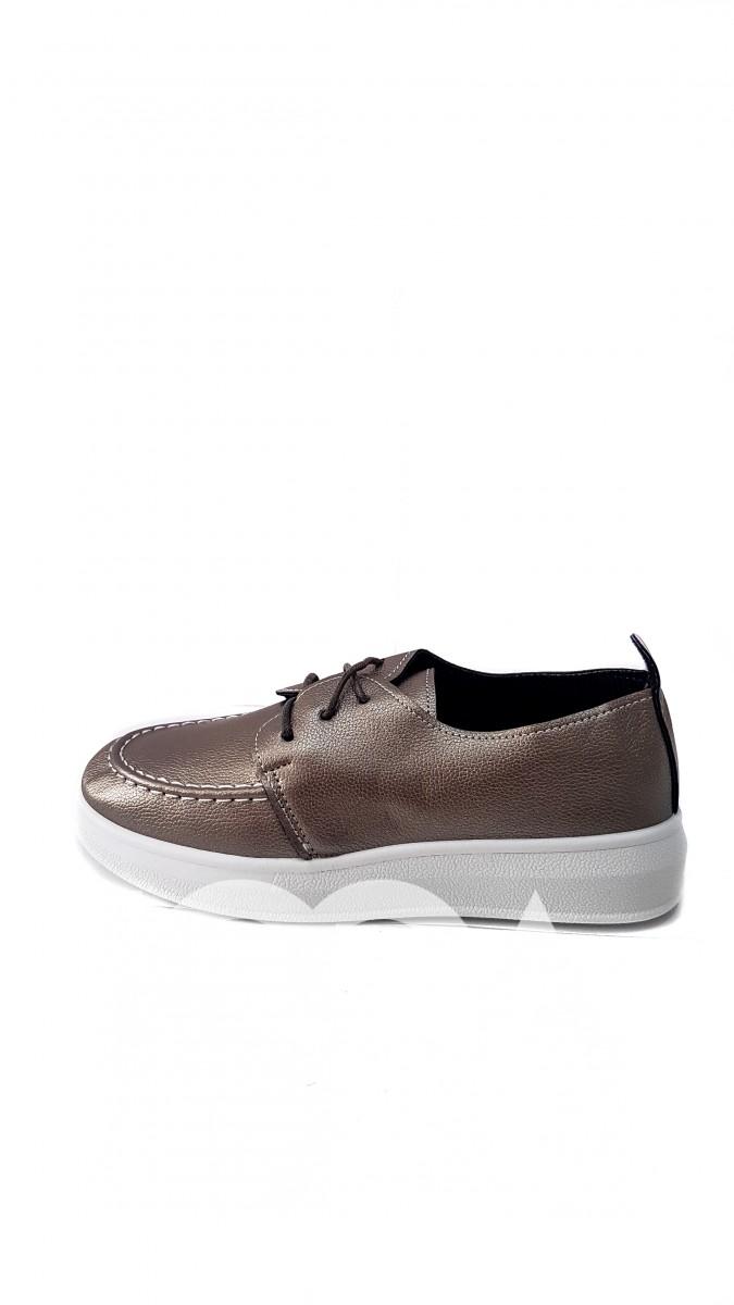 Золотые ботиночки на белой высокой подошве