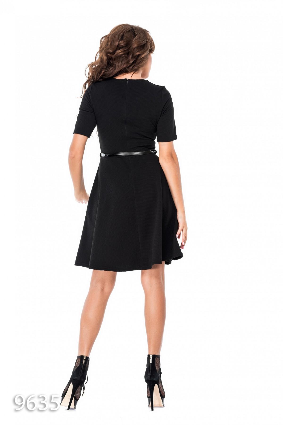 Платья с пышными рукавами короткие