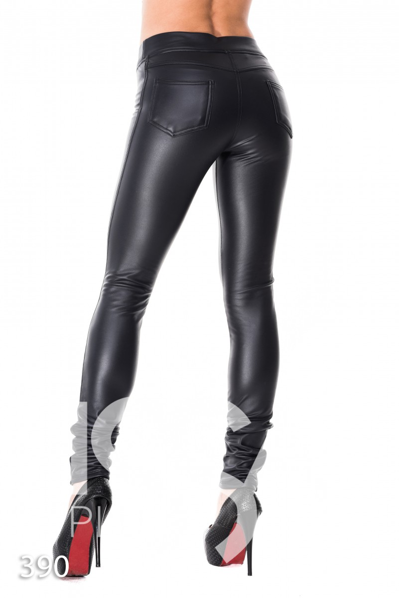 Черные эластичные кожаные леггинсы