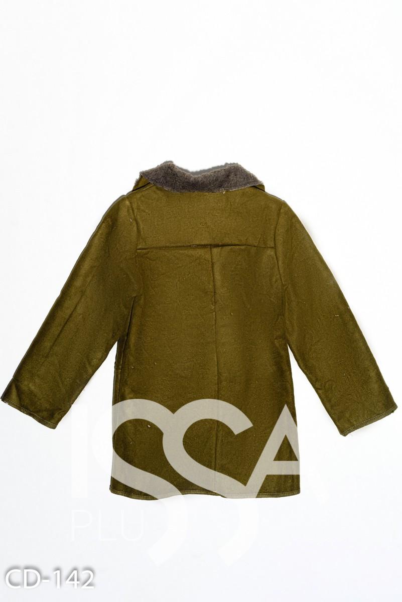 Демисезонная куртка цвета хаки на пуговицах  из эко-замши на меху