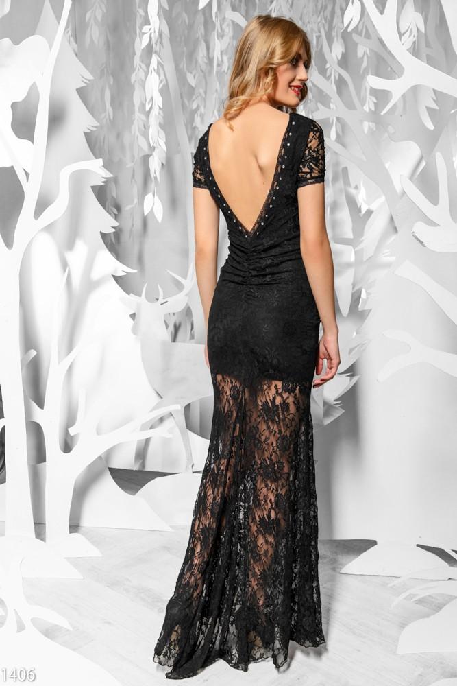 Платье с ажурным подолом