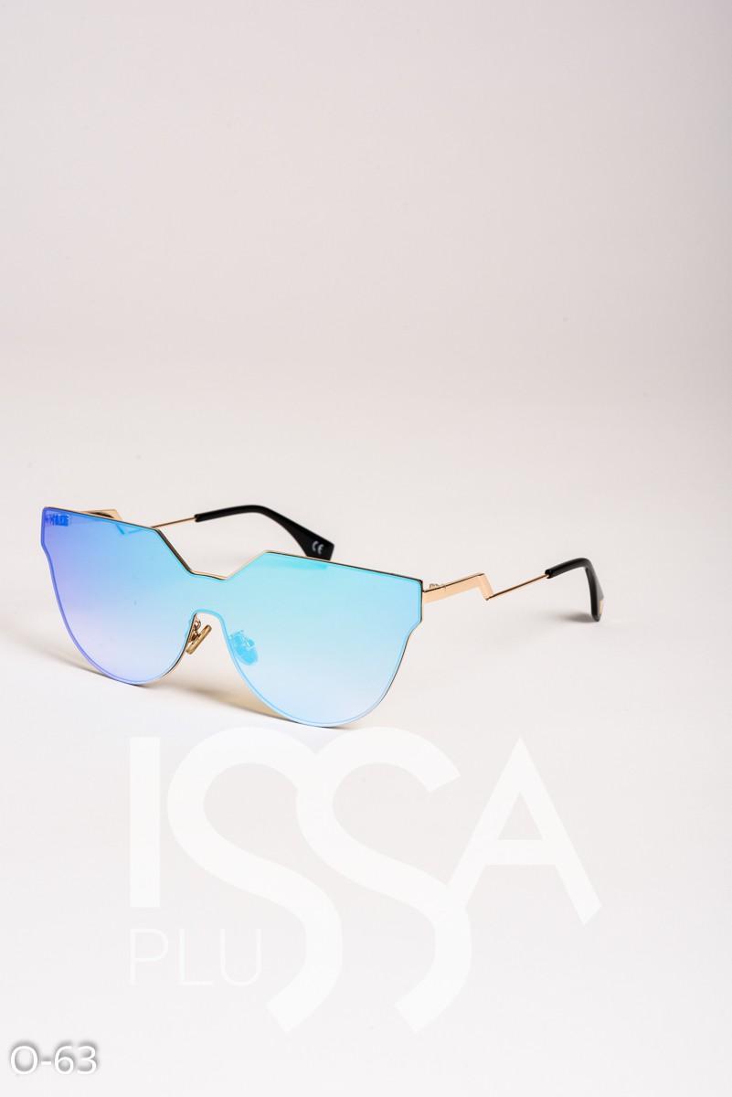 Голубые цельные очки оригинальной формы в металлической оправе