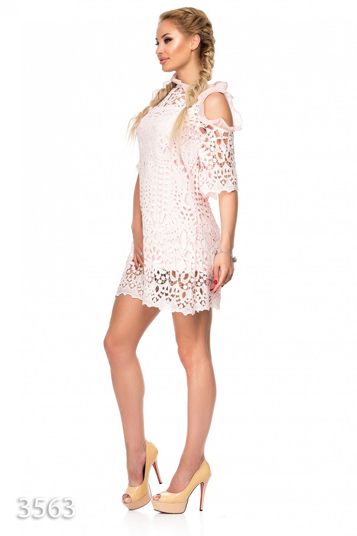 c8f5ec1e34d8 ... Розовое кружевное платье с открытыми плечами и и подкладом в тон  672  грн. фото ...