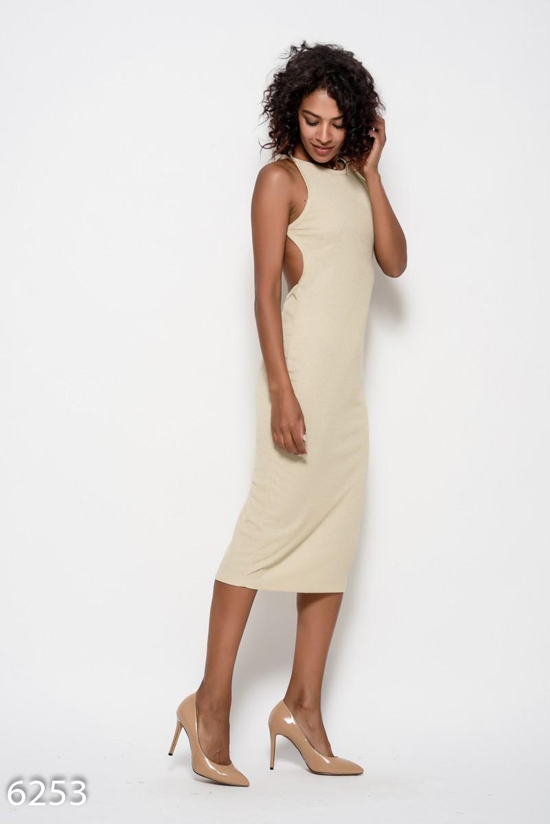 a55c222f790 ... Бежевое трикотажное платье на тонких бретельках с открытой спиной  339  грн. фото 3 ...