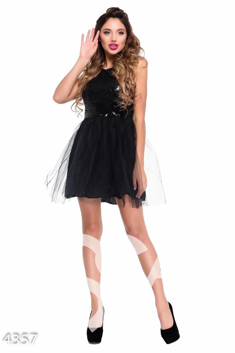 Черное коктейльное мини-платье с пышной юбкой и верхом в пайетку