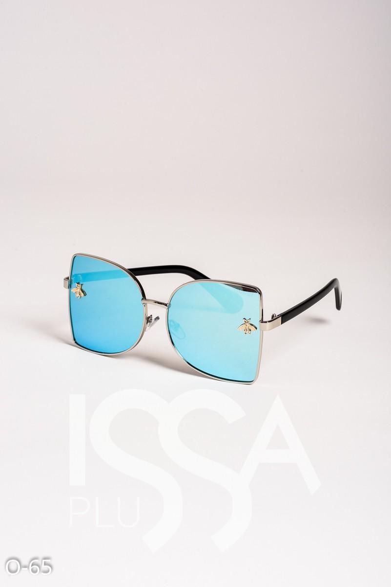 Голубые полукруглые солнечные очки с пчелками в стиле Гуччи