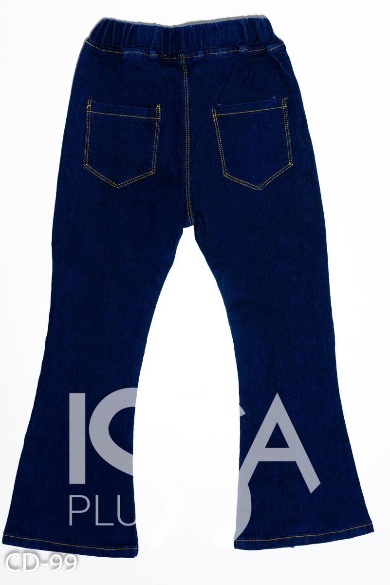 Синие джинсы модели клеш с клиньями и бусинами
