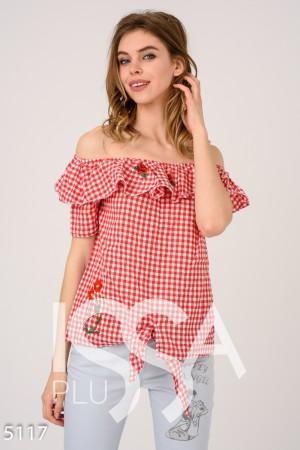 959c0d3fd79 Красная клетчатая блузка с отворотом-воланом и вышивкой