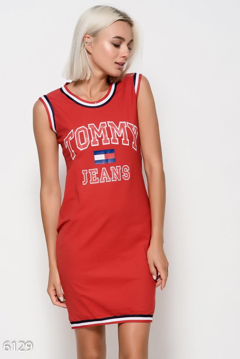 59db9ae249e4 Красное трикотажное платье без рукавов с принтом и декором из полосатых  тесемок  343 грн.