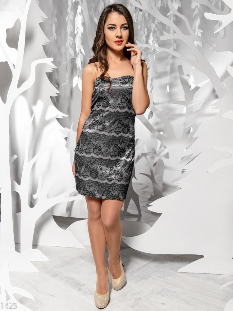 Черные с серебристым платья