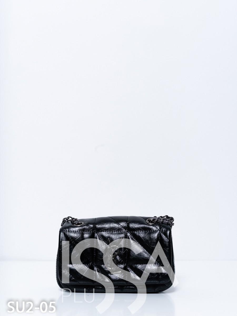 Черная маленькая сумочка из эко-кожи на цепочке