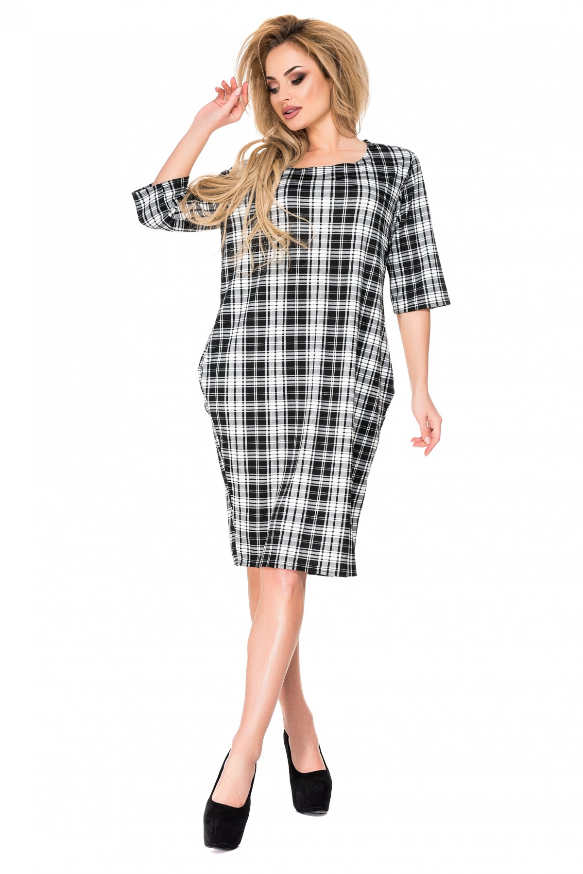 13d55edaaba Клетчатое черно-белое платье из французского трикотажа с короткими рукавами   226 грн. фото ...