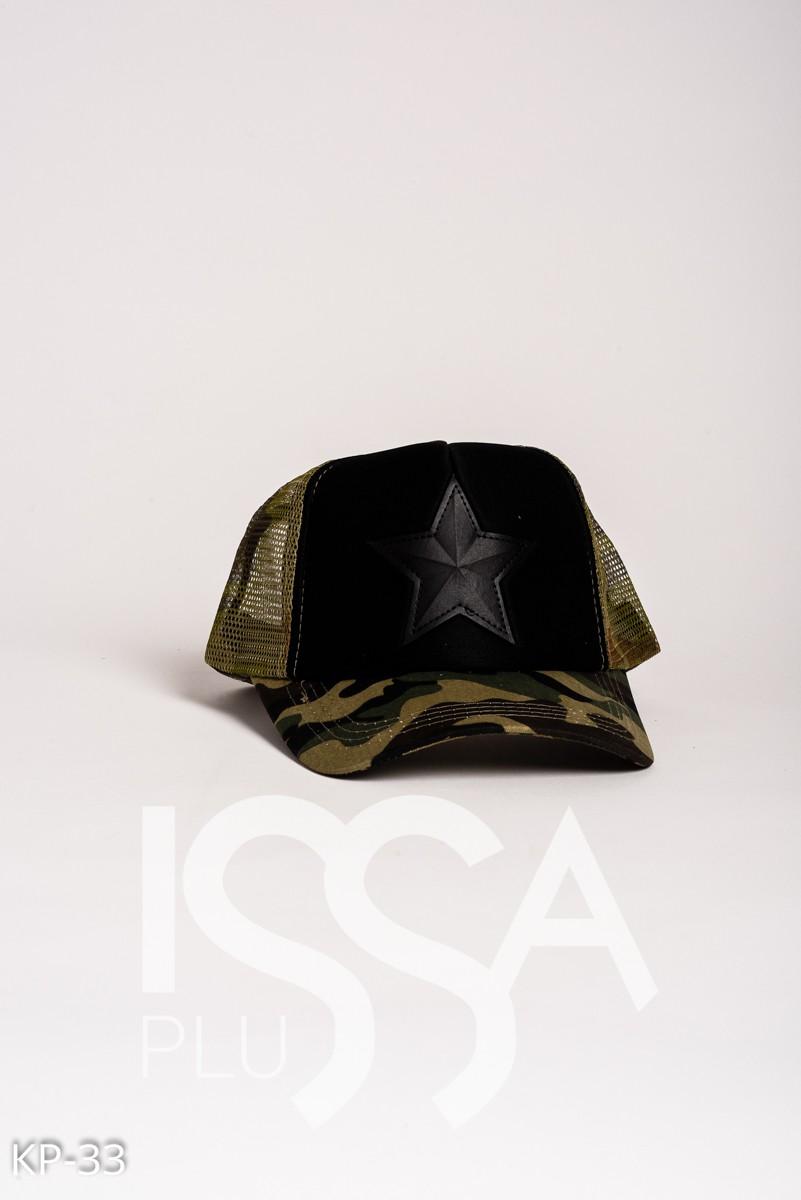 Камуфляжная кепка с кожаной звездой