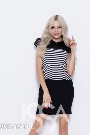 477bd355a8c Черно-белое полосатое платье с баской и кружевом