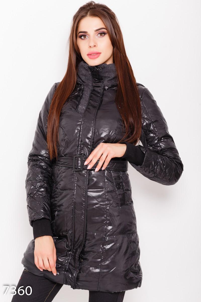 c6fa4c56081 Черная стеганая демисезонная длинная куртка с капюшоном и съемным поясом   741 грн. фото 2 ...